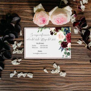 Tarjeta confirmación invitaciones de boda rústicas flores