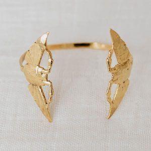 brazalete doble escarabajo oro