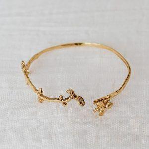 brazalete rama y abeja oro