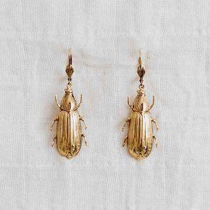 pendientes escarabajo oro