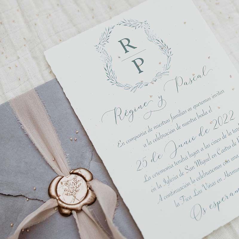 Invitación boda papel artesanal 'Régine'