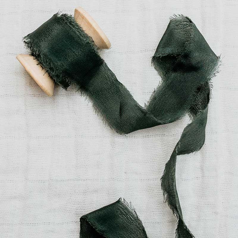 cinta de seda verde inglés