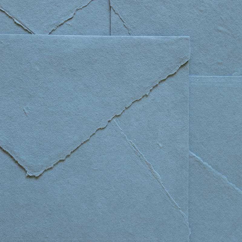 sobre artesanal azulado gris